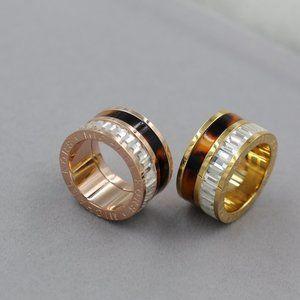 Michael Kors New Tortoise Baguette Barrel Ring